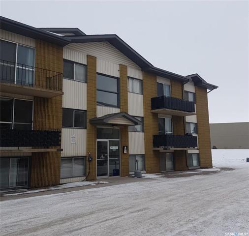 5 Columbia Drive #120, Saskatoon, SK S7K 1E3 (MLS #SK757749) :: The A Team