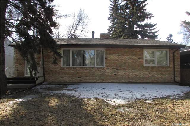 2705 Lakeview Avenue, Regina, SK S4S 1G4 (MLS #SK802952) :: The A Team