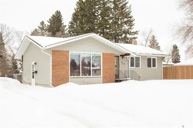 550 10th Avenue E, Prince Albert, SK S6V 2M4 (MLS #SK844417) :: The A Team