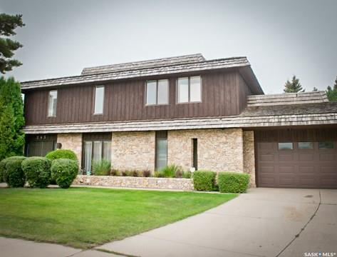245 East Place, Saskatoon, SK S7J 2Y1 (MLS #SK715062) :: The A Team