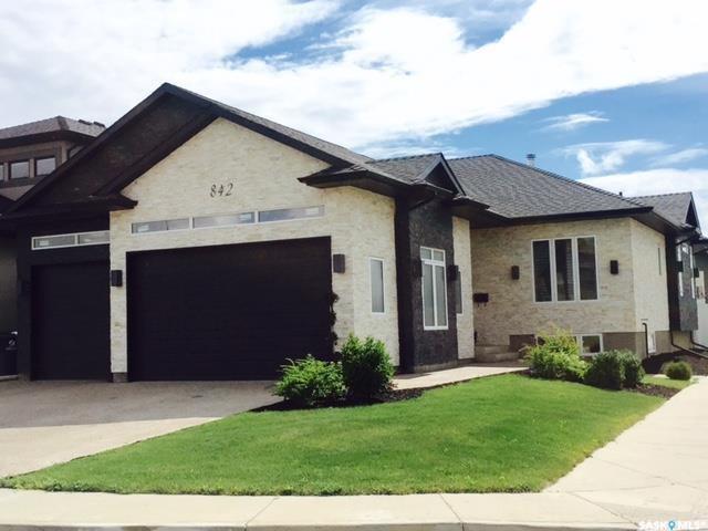842 Gillies Crescent, Saskatoon, SK S7V 0C2 (MLS #SK726639) :: The A Team