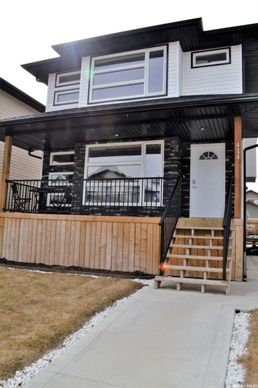 414 Geary Crescent, Saskatoon, SK S7R 0B8 (MLS #SK727620) :: The A Team