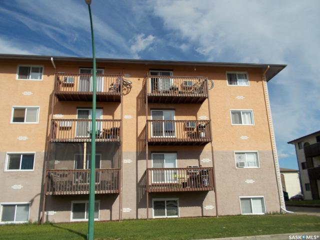 522 X Avenue S #405, Saskatoon, SK S7M 4X9 (MLS #SK747127) :: The A Team