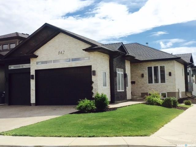 842 Gillies Crescent, Saskatoon, SK S7V 0C2 (MLS #SK754587) :: The A Team