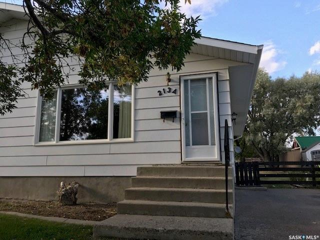 213 Pelletier Drive A, Swift Current, SK S9H 4S7 (MLS #SK757075) :: The A Team