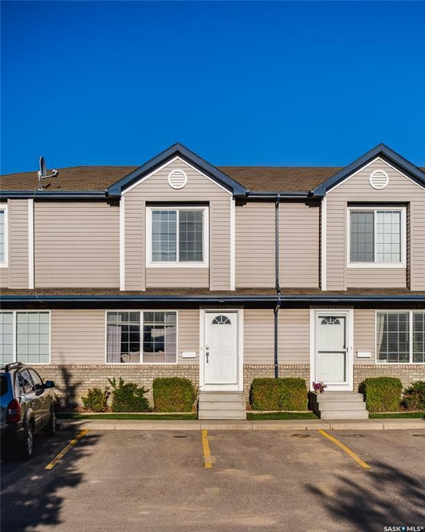 663 Beckett Crescent #210, Saskatoon, SK S7N 4X2 (MLS #SK758533) :: The A Team