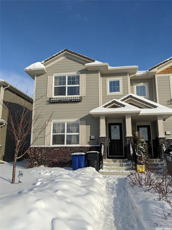 908 Stonebridge Common, Saskatoon, SK S7T 0N2 (MLS #SK758660) :: The A Team