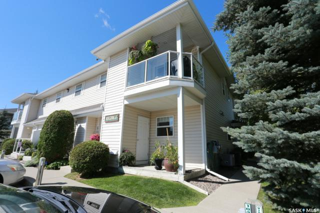 141 105th Street W 201B, Saskatoon, SK S7N 1N3 (MLS #SK759293) :: The A Team