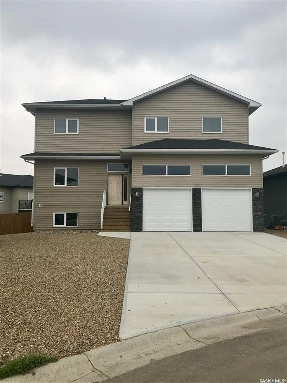 141 Valley Park Place, Swift Current, SK S9H 5N2 (MLS #SK762778) :: The A Team