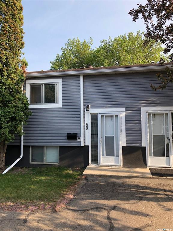 1606 Central Avenue, Saskatoon, SK S7N 2H5 (MLS #SK774131) :: The A Team