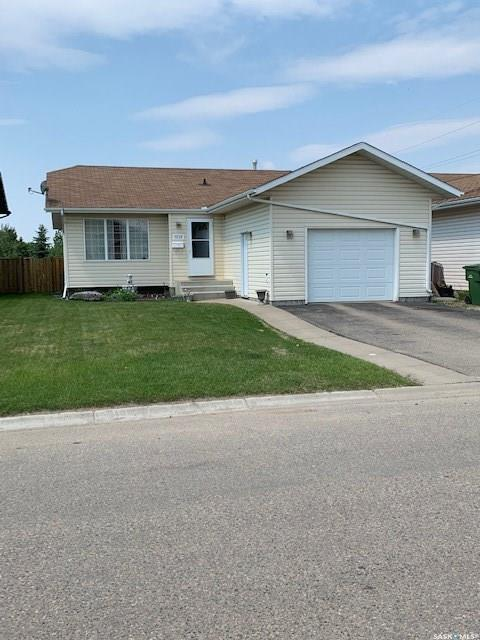 3115 5th Avenue E, Prince Albert, SK S6V 2H9 (MLS #SK776084) :: The A Team