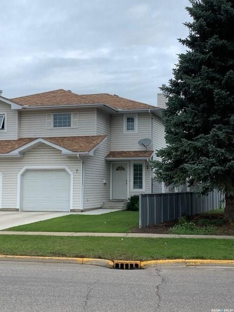 1620 Olive Diefenbaker Drive #7, Prince Albert, SK S6X 1C5 (MLS #SK782836) :: The A Team