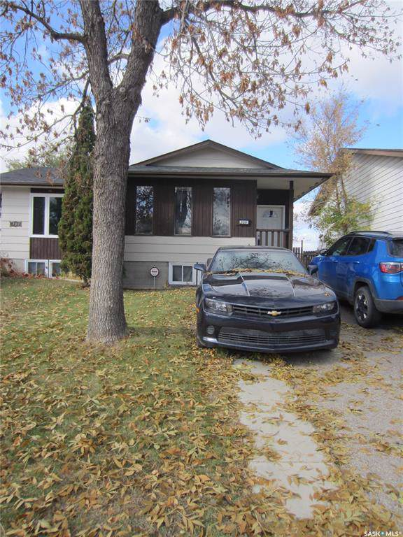 730 Mccormack Road, Saskatoon, SK S7M 4Z9 (MLS #SK789080) :: The A Team