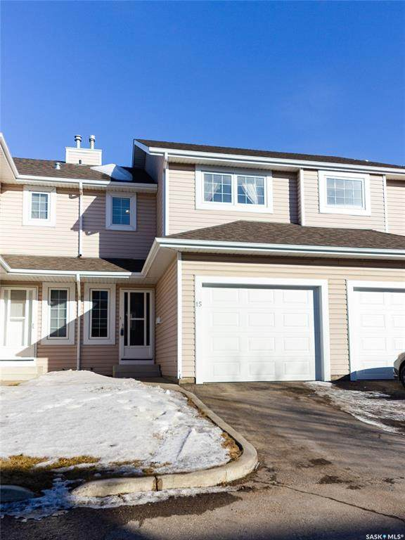 103 Berini Drive #15, Saskatoon, SK S7N 4N2 (MLS #SK802851) :: The A Team