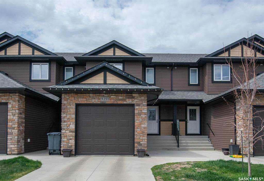 191 Beaudry Crescent - Photo 1