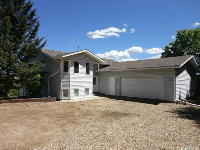 19 West Park Crescent, Battleford, SK S0M 0E0 (MLS #SK808468) :: The A Team