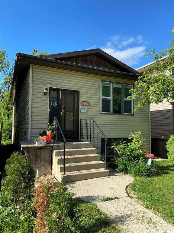 102 112th Street, Saskatoon, SK S7N 1T7 (MLS #SK813864) :: The A Team