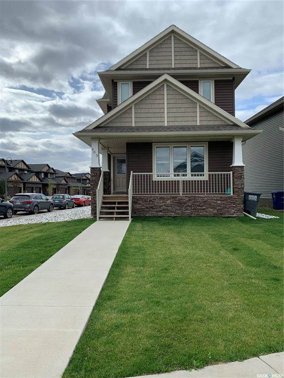 903 Kolynchuk Bend, Saskatoon, SK S7T 0V9 (MLS #SK824398) :: The A Team