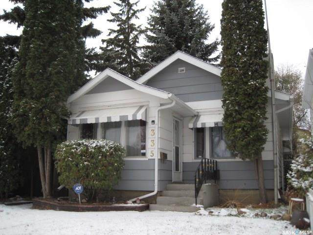 335 P Avenue S, Saskatoon, SK S7M 2W3 (MLS #SK830987) :: The A Team