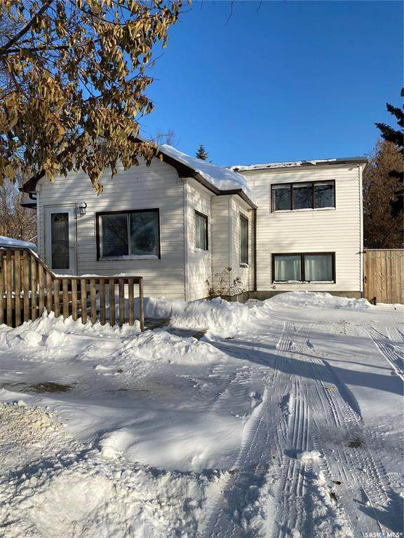 912 105th Street, North Battleford, SK S9A 1S3 (MLS #SK833530) :: The A Team