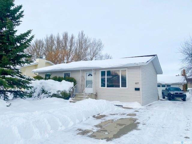 487 Steele Crescent, Swift Current, SK S9H 4P8 (MLS #SK833945) :: The A Team
