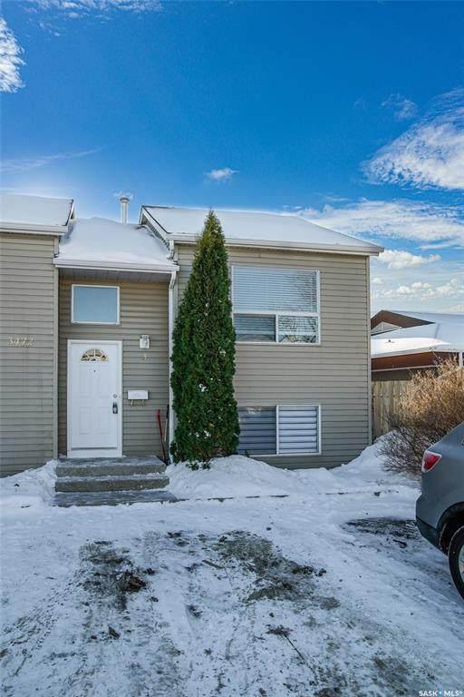 3472 Fairlight Drive #3, Saskatoon, SK S7M 3Z4 (MLS #SK834581) :: The A Team