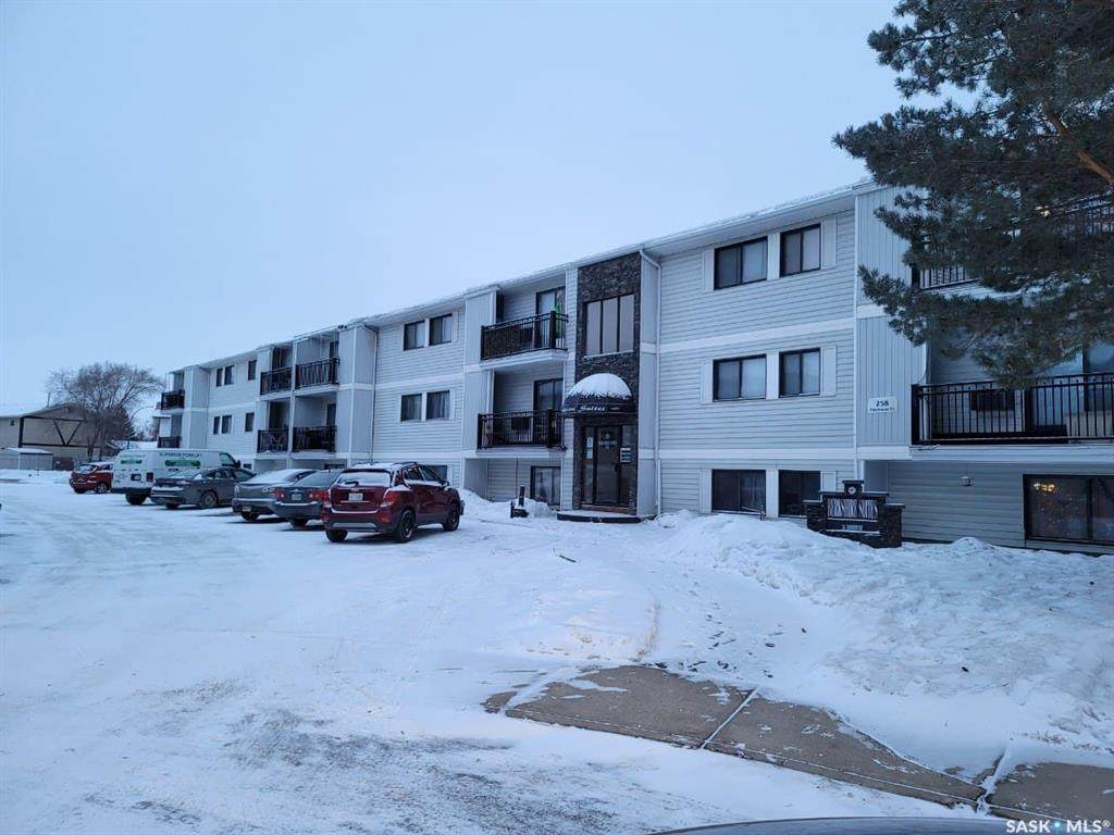 258 Pinehouse Place - Photo 1