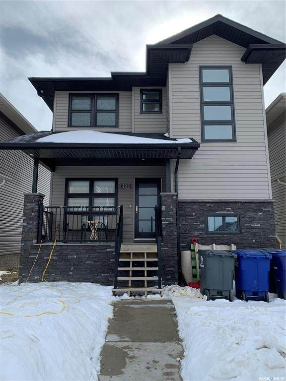 322 Veltkamp Crescent, Saskatoon, SK S7K 6K7 (MLS #SK839071) :: The A Team