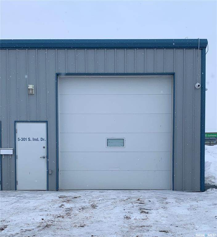 301 South Industrial Drive - Photo 1