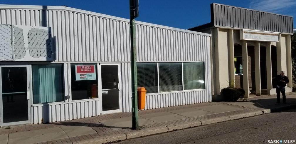 104 Saskatchewan Avenue - Photo 1