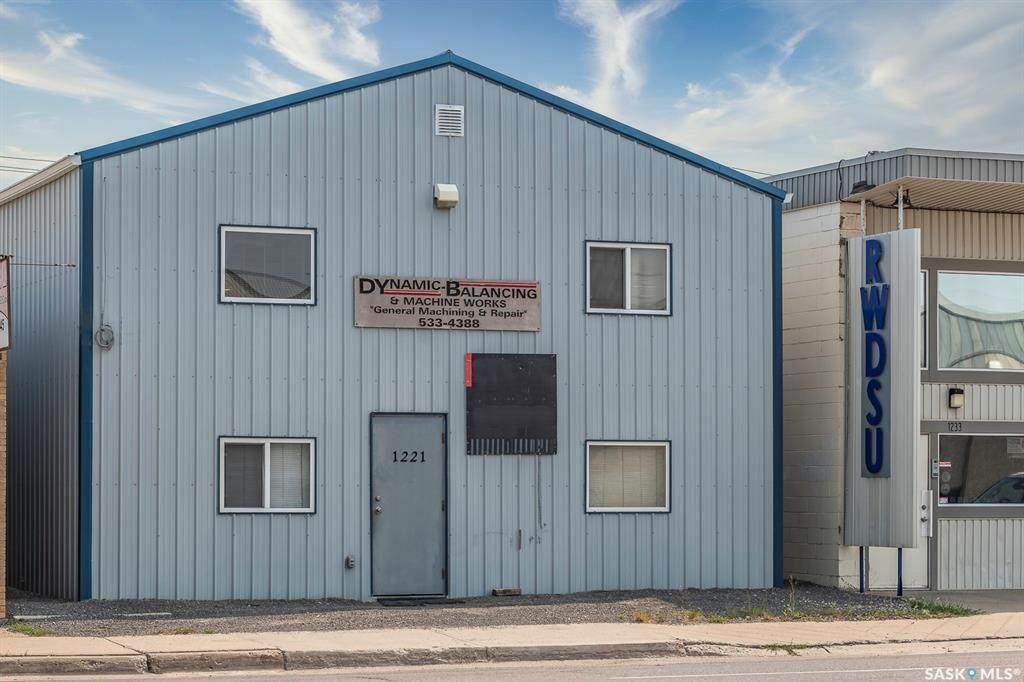 1221 Winnipeg Street - Photo 1