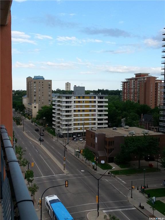 405 5th Avenue N #1006, Saskatoon, SK S7K 6Z3 (MLS #SK722702) :: The A Team