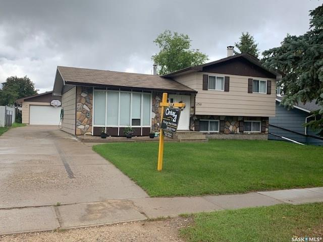 2361 15th Avenue E, Prince Albert, SK S6V 6H4 (MLS #SK758073) :: The A Team