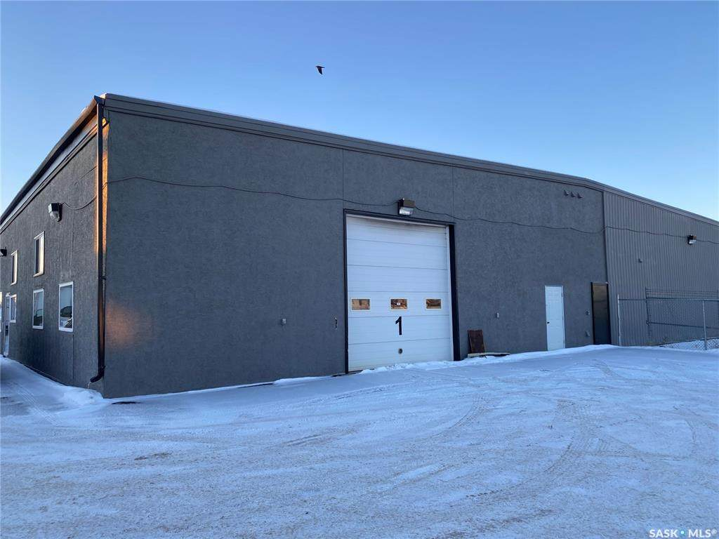 406 South Industrial Drive - Photo 1