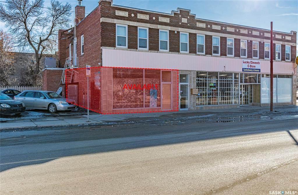 1531 11th Avenue - Photo 1
