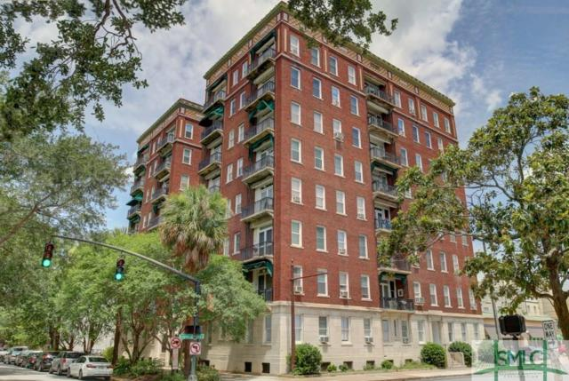 24 E Liberty Street E, Savannah, GA 31401 (MLS #174493) :: The Arlow Real Estate Group