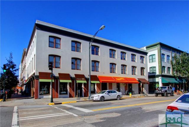 202 W Broughton, Savannah, GA 31401 (MLS #177183) :: Coastal Savannah Homes