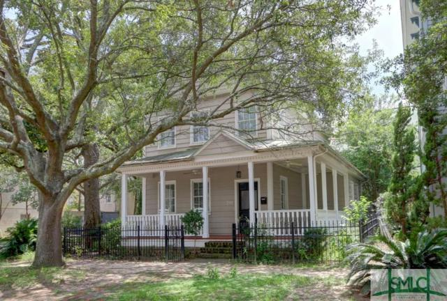 219 W Hall Street, Savannah, GA 31401 (MLS #178241) :: Teresa Cowart Team