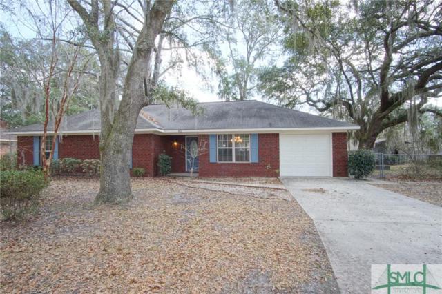 822 Lakeview Court, Hinesville, GA 31313 (MLS #185946) :: Karyn Thomas