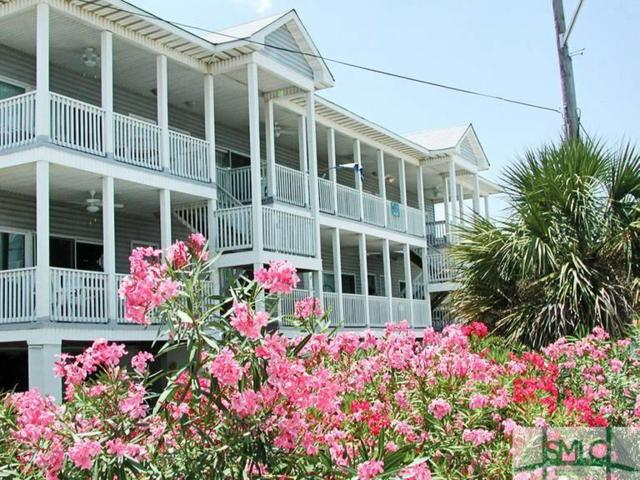 5 17th Place, Tybee Island, GA 31328 (MLS #190238) :: The Robin Boaen Group