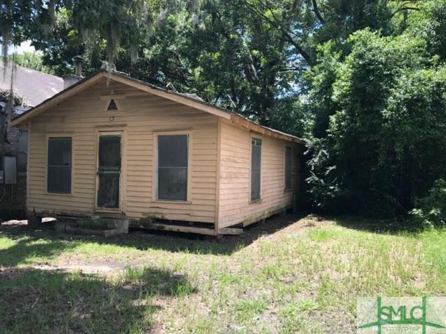 2213 Old Shell Road, Savannah, GA 31404 (MLS #195259) :: Karyn Thomas