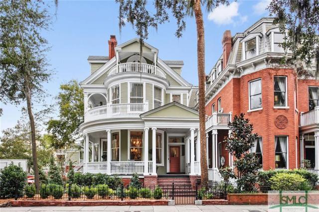 705 Whitaker Street, Savannah, GA 31401 (MLS #199150) :: Teresa Cowart Team
