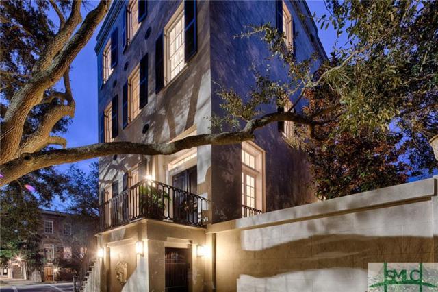 124 W Gaston Street, Savannah, GA 31401 (MLS #202624) :: Coastal Savannah Homes