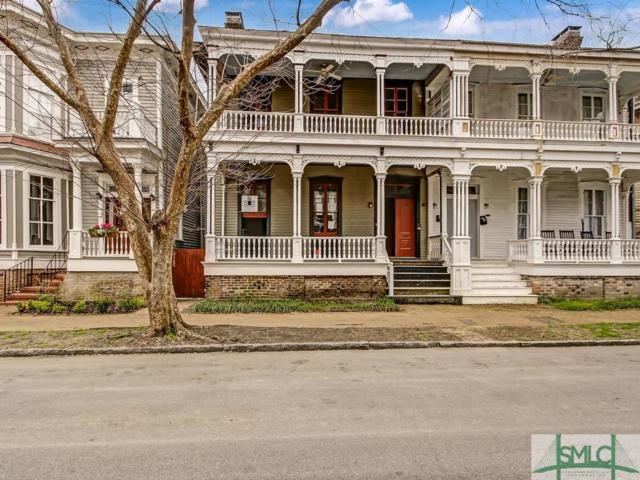 209 W Waldburg Street, Savannah, GA 31401 (MLS #203726) :: Karyn Thomas