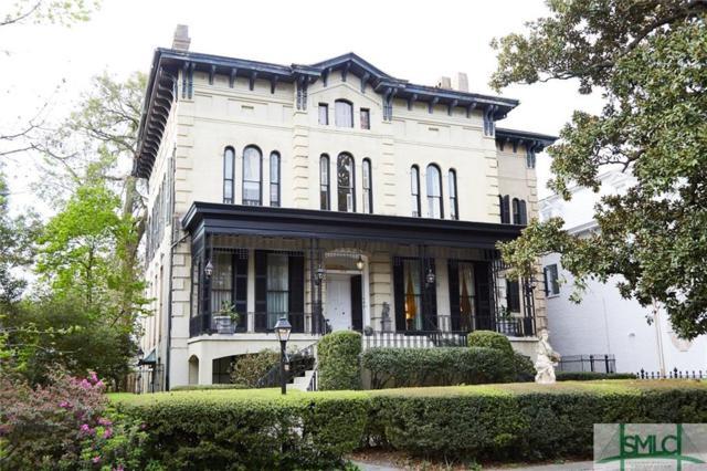 213 E Hall Street, Savannah, GA 31401 (MLS #203952) :: McIntosh Realty Team