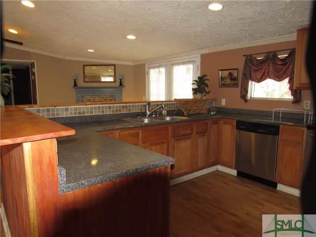408 Thomas Drive, Midway, GA 31320 (MLS #205406) :: Coastal Savannah Homes