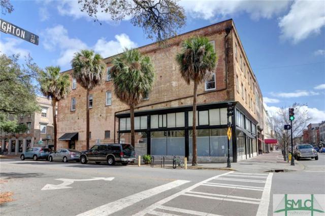 310 W Broughton Street, Savannah, GA 31401 (MLS #206626) :: The Arlow Real Estate Group