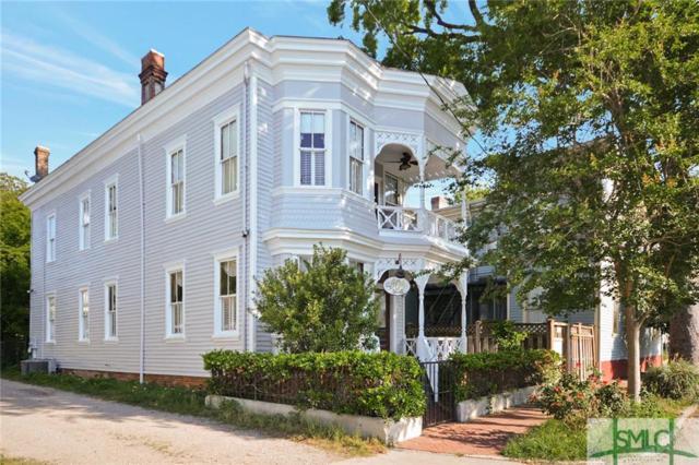 909 Lincoln Street, Savannah, GA 31401 (MLS #207151) :: McIntosh Realty Team