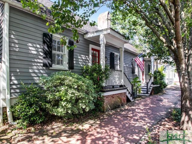515 E Taylor Street, Savannah, GA 31401 (MLS #207220) :: McIntosh Realty Team