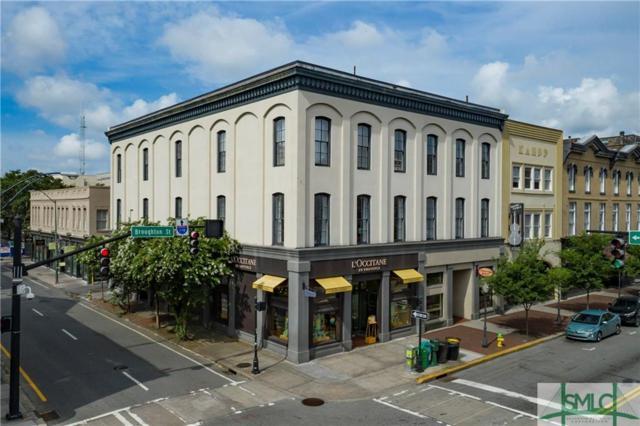 105 Whitaker Street, Savannah, GA 31401 (MLS #209826) :: Keller Williams Realty-CAP